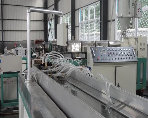 青岛塑钢缠绕管设备