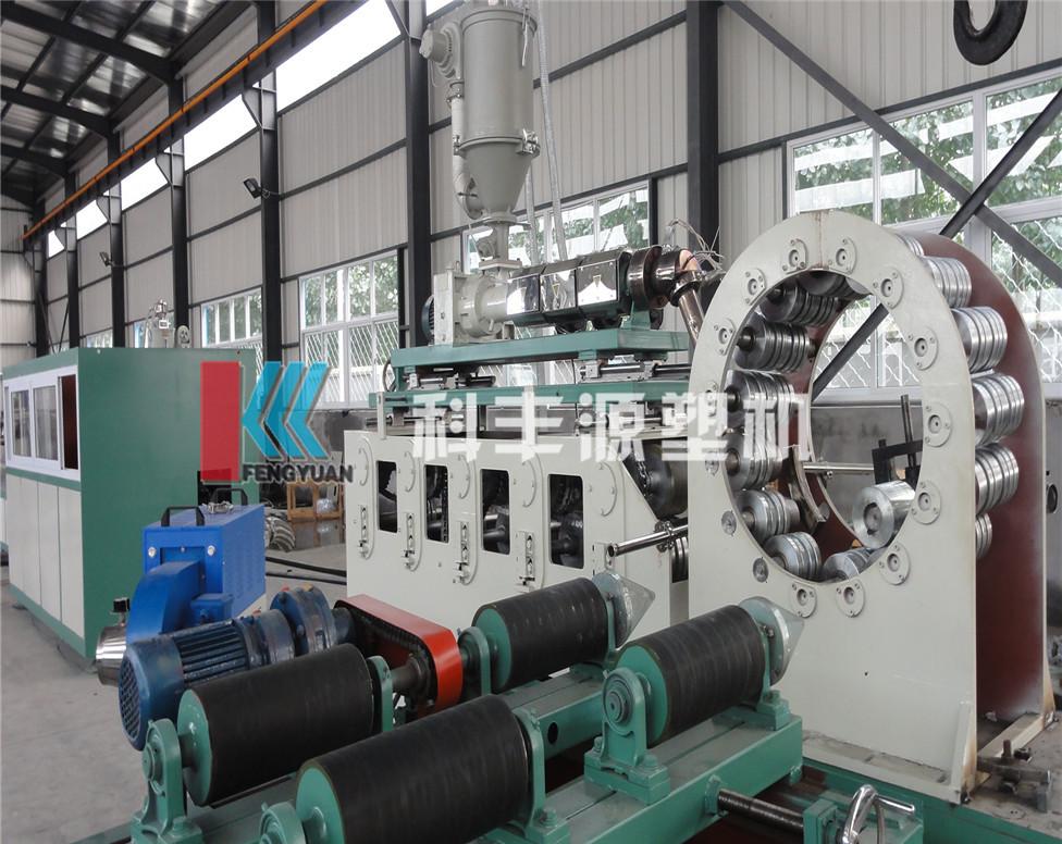 聚乙烯塑钢缠绕管设备